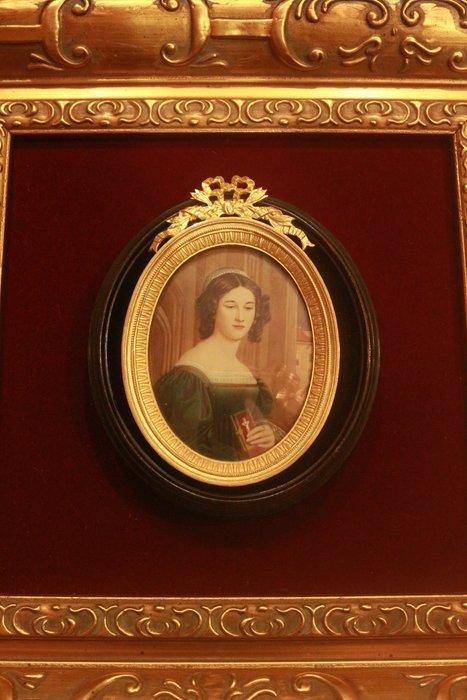【家與收藏】特價極品珍藏歐洲百年古董法國18世紀古典精緻琺瑯鎏金手繪仕女肖像微型畫/掛畫擺飾