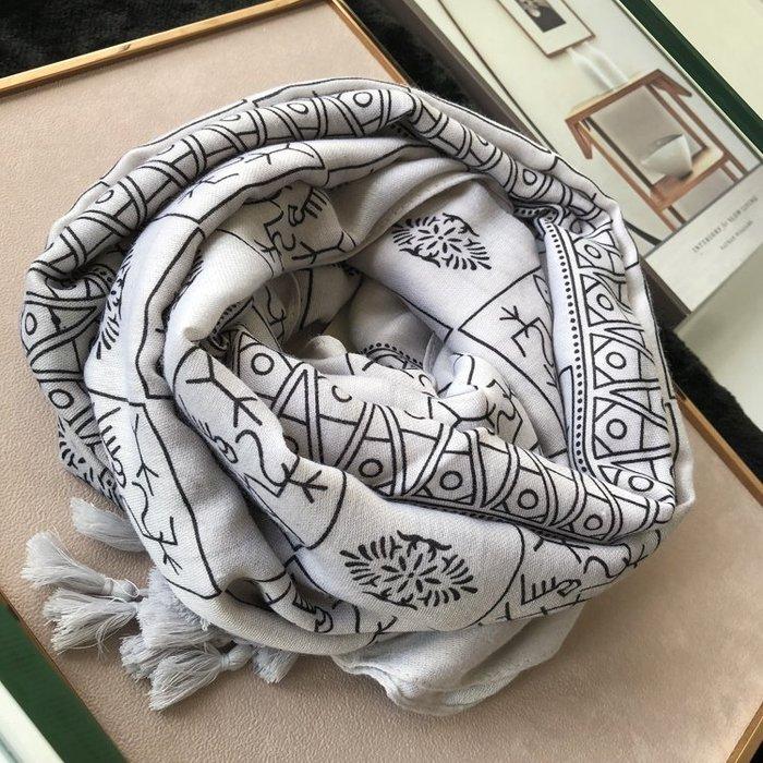 Misa Shop~趣味活潑圍巾韓版女冬季棉麻手感灰色甲骨文圖案長款百搭披肩