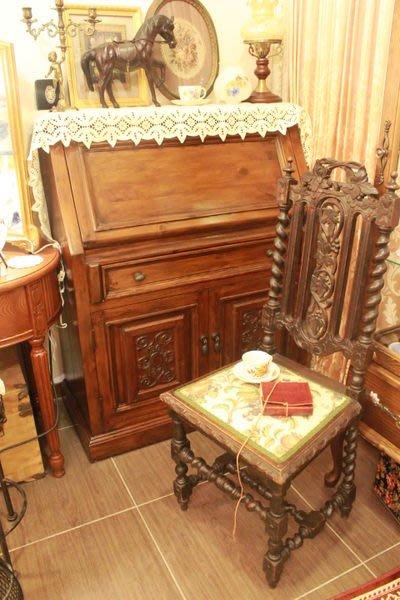 【家與收藏】賠售特價稀有珍藏歐洲古典優雅桃花心木精緻手工刻花寫字桌/櫃
