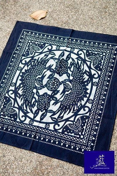 !中國藍Anewei客家藍染雙鳳呈祥方巾~50*50CM~包頭巾 裝飾巾  防塵巾