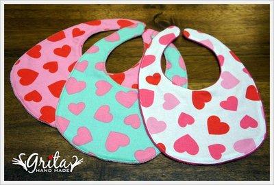 ♥gritas handmade♥純棉手作嬰幼兒圍兜兜/領巾/口水巾/三角巾/彌月禮—大愛心系列