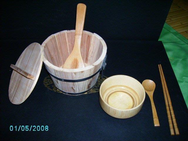 B05五寸本色杉木飯桶–木飯桶–200元/飯勺35元–產品含稅價格