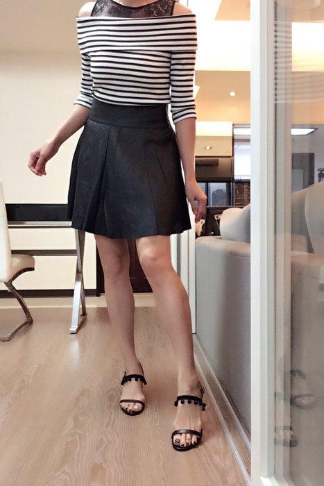 *Beauty*MODELE DEPOSE黑色寬摺皮裙 42號 4500元PH