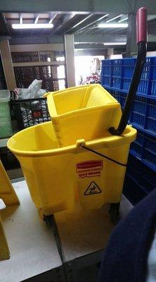 ㊖搬家寄倉=更新二手倉庫㊖清潔車脫把桶 多用途清潔雜物車非好神托 單桶榨水車黃脫水乾傷夜飯店