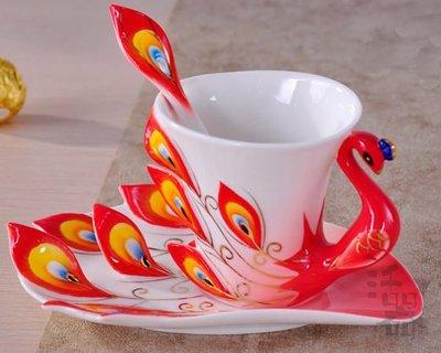 5Cgo【鴿樓】會員有優惠 12667940582 琺琅瓷孔雀咖啡杯 歐式咖啡杯套裝 情侶陶瓷創意咖啡杯