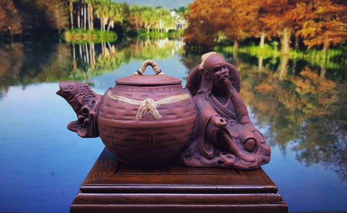 【喬尚拍賣】台灣早期創意壺【漁翁】落款:玉松煌