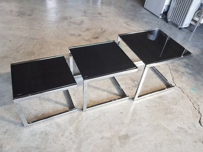 彰化二手貨中心(原線東路二手貨) --- 全新外銷品 3件式設計玻璃展示櫃  茶几