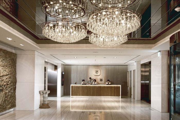 (優惠價升等家庭房)@瑞寶旅遊 最超值@高雄翰品酒店【雅緻雙人房】一泊一食含早餐