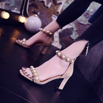 【Sunny私人定制 輕奢女裝】夏季高跟鞋女2018新款正韓設計百搭時尚粗跟涼鞋露趾側空晚會珍珠鞋女