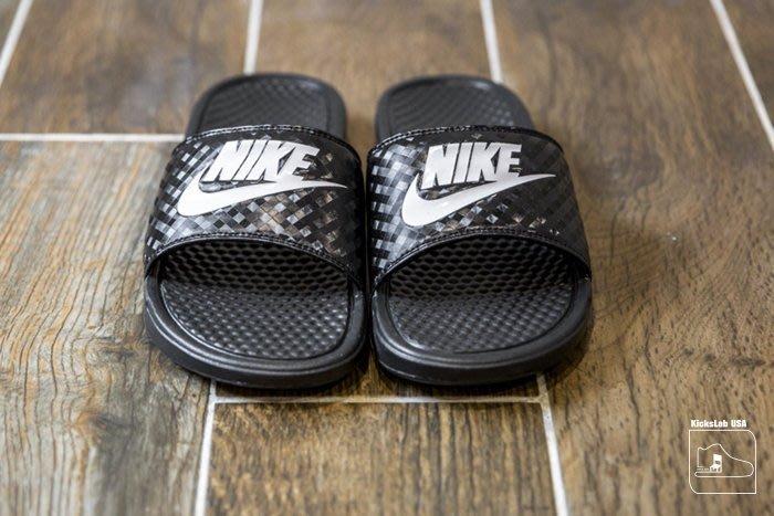 【美國鞋校】現貨 NIKE WMNS BENASSI JDI 黑 白LOGO 格紋 拖鞋 男女鞋 343881011