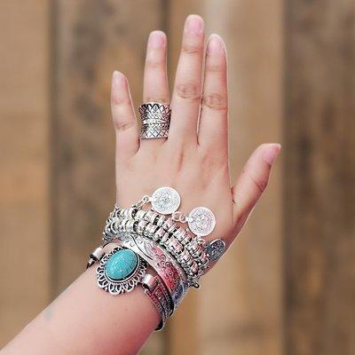精緻life 復古宮廷藍綠松石圓形寶石手錬女大牌個性民族風雕花錶帶手鐲百搭