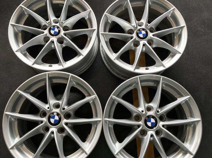 【員林 小茵 中古 物流區】BMW E90 原廠圈 16吋 5X120 / 7J / ET31 (72.6 銀