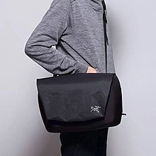 Arcteryx Fyx 9L 斜包 單肩包 shoulder bag message bag