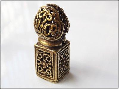 【雅之賞|佛教|藏傳文物】*特賣*藏式純銅精工花紋鏤空印章 護身辟邪~800238
