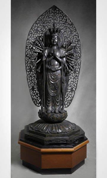 花見小路 888銅雕 千手觀音附臺座 61x60x139cm   銅雕重量約 111.3 kg ,木座重量約 33.1
