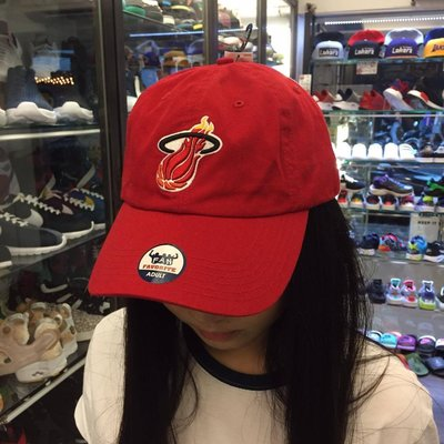 BEETLE OLD NAVY 老帽 邁阿密 熱火 MIAMI HEAT DAD HAT  NBA 全紅 經典 LOGO