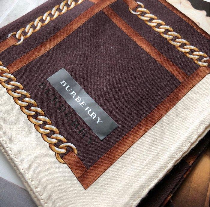 日本攜回Burberry 經典鏈條圖紋/男性紳士手帕約50/50cm