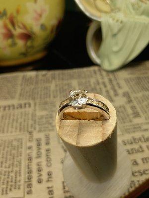 銀鍍白金鑲鑽戒指  婚戒