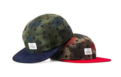 { POISON } LESS SIMPLE LOGO CAMP CAP 噴墨迷彩 SPRAY 燈芯絨帽沿 五片帽