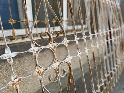 林衝浪私倉聊老鐵窗別有一番風味!當屏風當牆壁裝飾!都是不錯的呈現!
