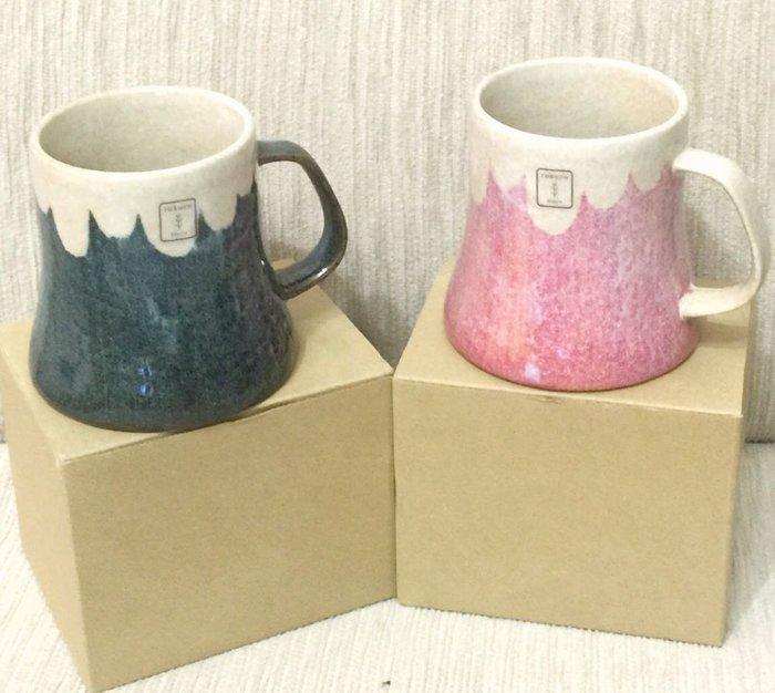 天使熊雜貨小舖~日本Rokuro 手製彩繪馬克杯富士山彩繪泡茶杯 日本製陶瓷馬克杯2款