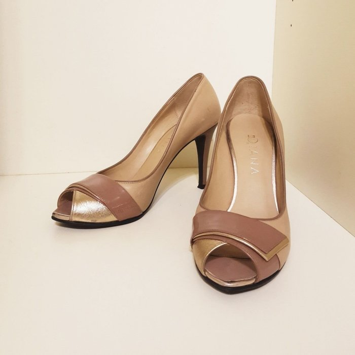DIANA日本製 藕粉裸色中高跟涼鞋 24號 真皮