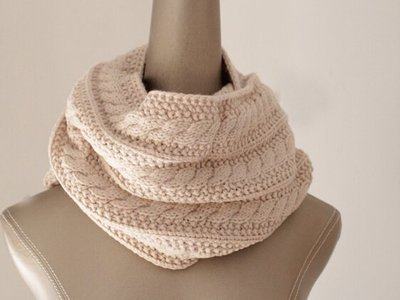 秋冬新款 韓版八字麻花加厚保暖毛線圍脖 脖套兩用 女 米
