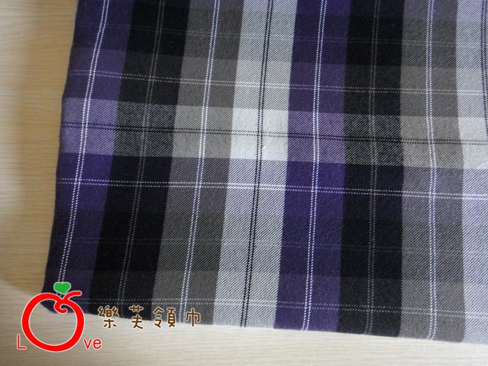 *樂芙領巾/手作*紫灰條格子款(台灣棉絨布),嬰兒/兒童三角巾、口水巾、圍兜,可訂製大小及親子領巾