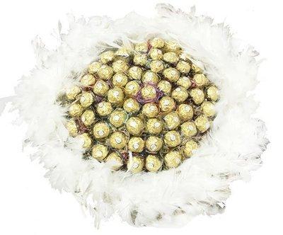 娃娃屋樂園~二次進場-夢幻羽毛-60支金莎巧克力花束/分享花束-白色羽毛 每束2000元/抽取式花束/第二次進場傳遞幸福