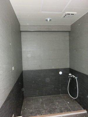 東城 廚房  浴室 磁磚 整修.  拆除  防水處裡 貼磁磚.換裝、改造、翻修、圖片