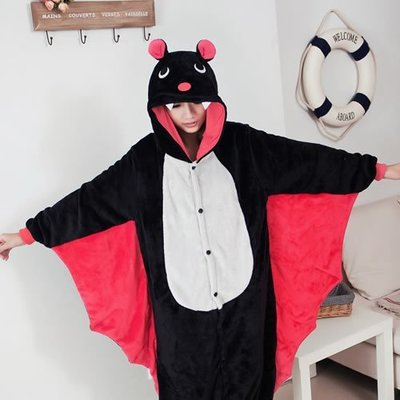 艾莉小舖~春秋冬加厚 黑蝙蝠 卡通 連身睡衣~如廁版~,cosplay角色扮演情侶 禮物~滿2千免運