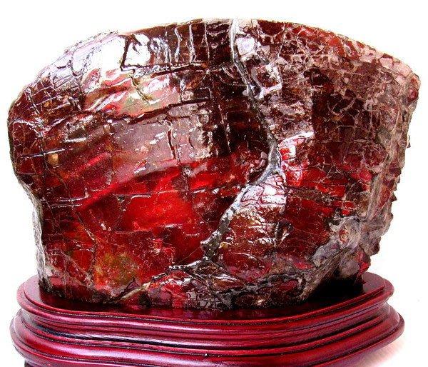 小風鈴~天然頂級七彩斑彩石原礦擺件(重3255g)~亞歷山大聖變石(變色紅綠光)