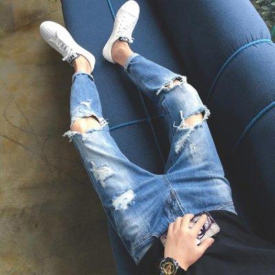 ☜男神閣☞破洞牛仔褲男乞丐褲修身正韓淺藍色潮流春秋款百搭九分褲男小直筒