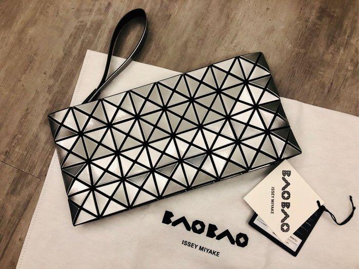 @ruby111大小姐㊣現貨 ISSEY MIYAKE BAOBAO Bag 4*8 日本專櫃真品 正品 銀色 手拿包