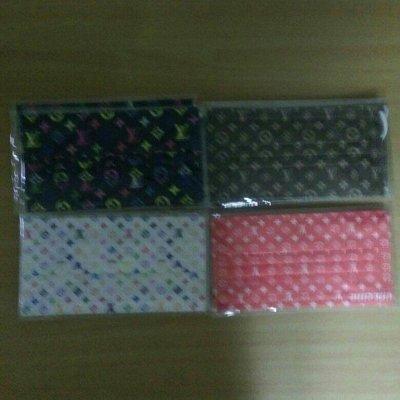 5片個別包LV等名牌無紡布三層拋棄口罩