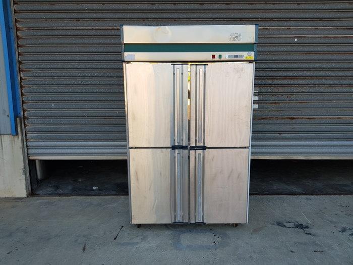 鑫忠廚房設備-餐飲設備:二手四門半凍半藏冰箱-賣場有-快速爐-工作台-西餐爐-快速爐-水槽