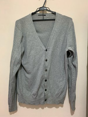 Uniqlo 毛衣外套 尺寸:L