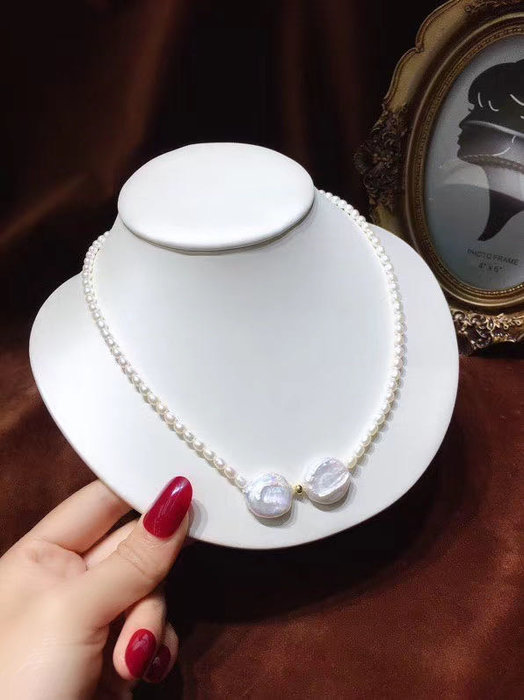 小珍珠碰撞巴洛克純天然白珍珠項鍊,小顆粒珍珠項鍊3mm左右,特精緻,搭配巴洛克大珍珠15-16mm左右,都是天然原色珍珠