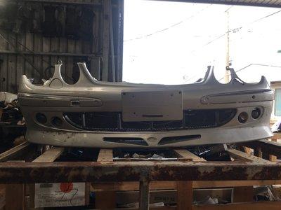 賓士 BENZ W211前保桿 原廠-中古件