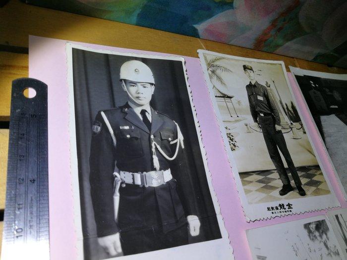 50~60年代 軍人、軍裝、憲兵、老長官等 銘馨易拍重生網 PSS766 背景寫實寫真老照 如圖(7張ㄧ標,珍藏回憶)