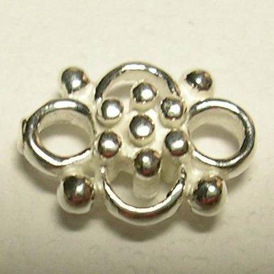 琥珀貓~【925純銀材料配件】連結配件~N7641~四瓣鏤空花~一個