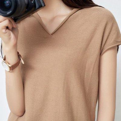 V領T恤 簡約好搭V領小卷袖上衣 艾爾莎 【TAE7799】
