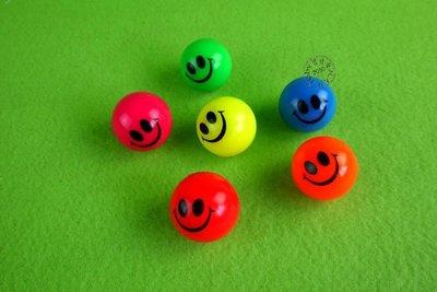 【寶貝童玩天地】【EN0546】3.2公分微笑彈力球*BO01