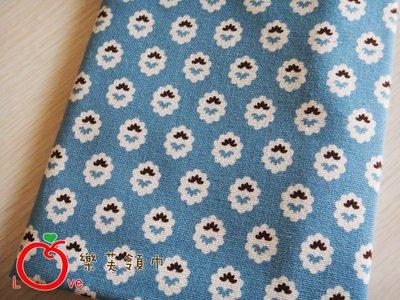 *樂芙領巾*壁紙花紋款(藍底),嬰兒/兒童三角巾、口水巾、圍兜,可訂製大小及親子領巾