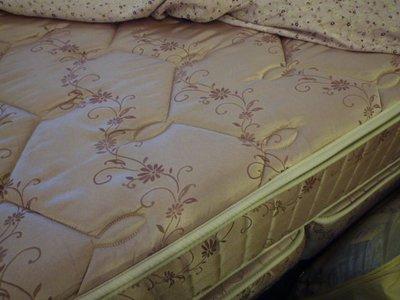 尊爵床墊 家具批發 飯店專用床組+夢特嬌寢具