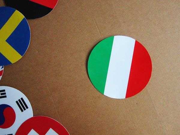 【國旗貼紙專賣店】義大利國旗圓形行李箱貼紙/抗UV防水/Italy/多國款可收集和客製