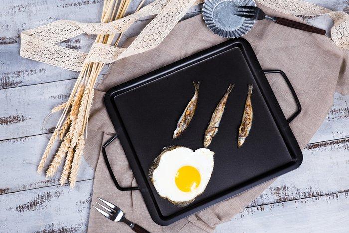 鐵燒烤盤(27*30*2.5cm)+奈米料理夾(30cm) 限時優惠