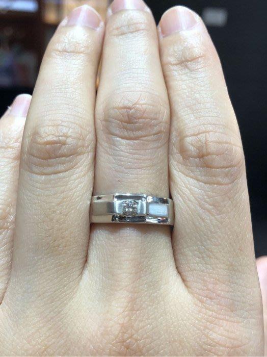 10分天然鑽石戒指,搭配18K金厚實重金戒台,超值優惠價12800,經典戒台設計適合平時佩戴,男用款式