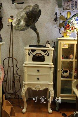 ( 台中 可愛小舖 ) 歐式古典鄉村風全白復古造型雕花留聲機黑膠唱片機收鈉櫃音響CD廣播usb酒吧義大利餐廳服飾店接藍芽