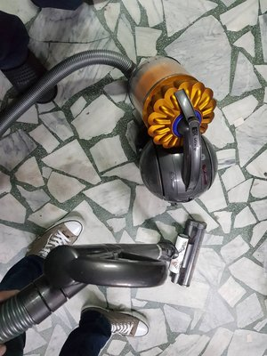 二手 公司或 DYSON DC39 吸塵器 如圖賣 正常品